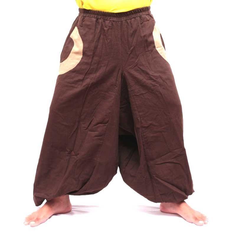 Marrón oscuro pantalones bombachos con 2 bolsillos laterales y aplicaciones de tela colorida