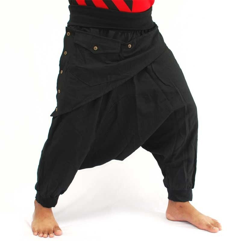 3/5 Aladinhose - schwarz mit Stoff Zier Applikation und Tasche