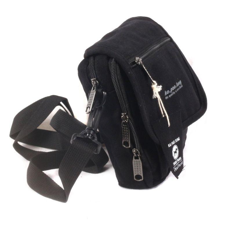 Small allround shoulder bag - black