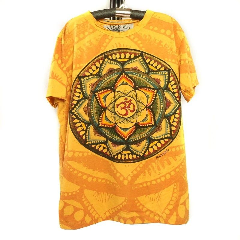 """Mirror"" Om T-Shirt Size M"