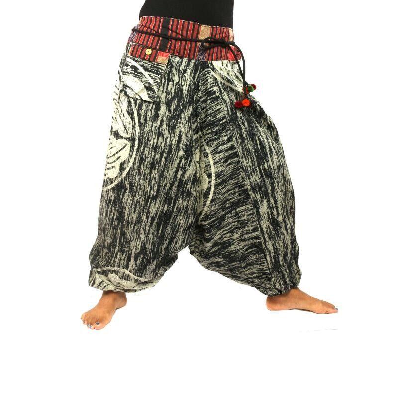 Aladinhose mit bedrucktem Ethnodesign