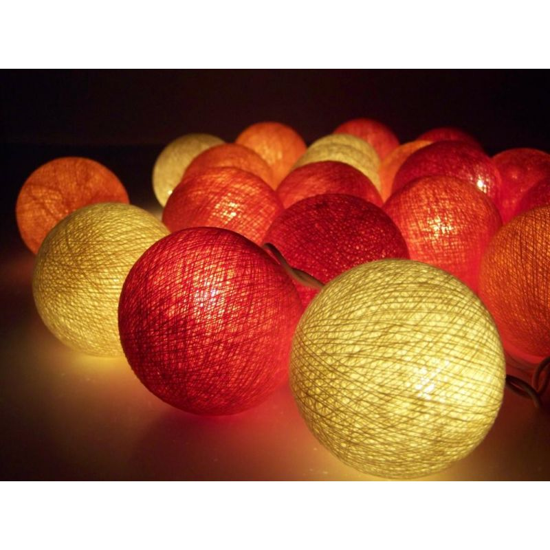 Party light chain made of cotton balls, cream / red